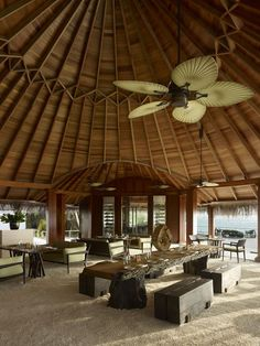 Dusit Thani Maldives blends graceful Thai hospitality with the unparalleled luxury setting of the beautiful Maldives. Encircled by white sandy beaches, a rich house reef and turquoise lagoon, the resort on Mudhdhoo Island hosts 100