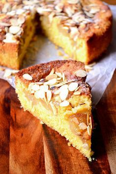 tnt - delicious - Pear and Almond Cake - This is a cake so difficult to mess up that you're almost guaranteed a delicious, moist and delightful sponge, chock full of pears. Pear Recipes, Almond Recipes, Baking Recipes, Sweet Recipes, Pear And Almond Cake, Pear Cake, Almond Cakes, Food Cakes, Cupcake Cakes