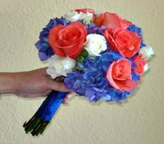 This would be a blue hydrangea, instead of the white put in lime green mums