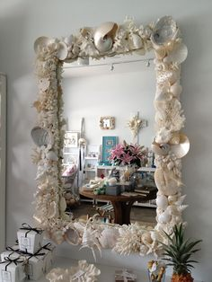 Diy mirror frame decoration Diy Glitter Shell Mirror Seashell Art Seashell Crafts Beach Crafts Seashell Projects Coastal Homes Sjcgscinfo Best Diy Mirror Frame Ideas Recycle Repurpose Diy Home Decor