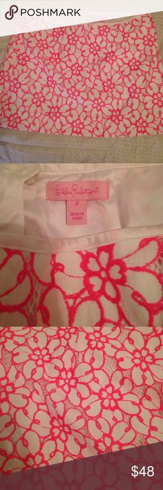 Lilly Pulitzer Daena Skirt Size 2 Lilly Pulitzer Daena skirt in mint condition. It has no flaws or blemishes and the color and quality is still high. Lilly Pulitzer Skirts Mini