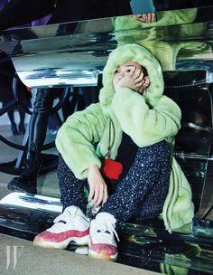 G-Dragon - W Korea