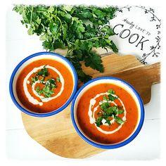 geroosterde paprika en courgette soep