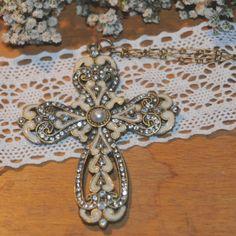 Kors på kæde