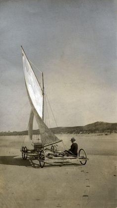 Land sailing: sand yacht of Emanuel Urlus on the beach between Noordwijk and Katwijk (the Netherlands), 1917. via Nationaal Archief