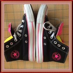 Selling this LOWEST🆑Converse Sneakers Run large on Poshmark! My username is: puddpudd0. #shopmycloset #poshmark #fashion #shopping #style #forsale #Converse #Shoes