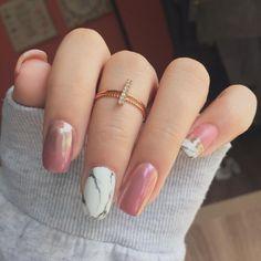 Matte pink gel polish, marble, and pink/silver chrome powder. #nailart #nails #marble Brandi Nichole (@brandinicholexx) on Instagram
