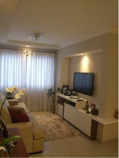We've gathered our favorite ideas for Topa Decorar Decora O Constru O E DIY Sala TV, Explore our list of popular small living room ideas and tips including Topa Decorar Decora O Constru O E DIY Sala TV. Small Living Rooms, Home Living Room, Apartment Living, Living Room Designs, Living Room Decor, Apartment Interior, Apartment Ideas, Apartment Therapy, Small Apartments