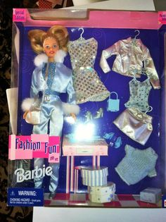 Mattel Barbie Fashion Fun Gift Set W/ 3 Different Outfit  NRFB,  good condition #Mattel #Dolls