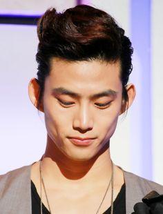 ok taecyeon | Korean Hairstyles - Ok Taecyeon is the main rapper of Korean Boy Band ...