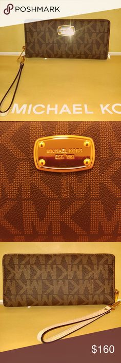 Authentic Michael Kors travel wallet Authentic Michael Kors brown travel continental, lot's of pockets for all your cards and cheques👍💝. Michael Kors Bags Wallets