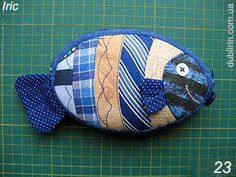 Fish coin purse tutorial - in Russian, but with photos.