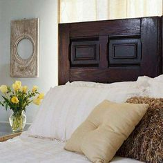 #CreativeIdea: Refresh a bedroom with an inexpensive headboard made from a salvaged door!