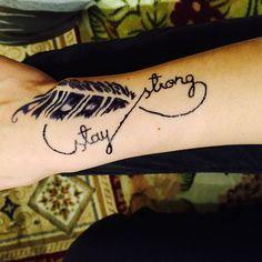 #tattoo#feder#feather#jaguatattoo#art#march#hennatattoo#kunst Jagua Tattoo, Henna, Feather, March, Tattoos, Instagram Posts, Kunst, Quill, Tatuajes