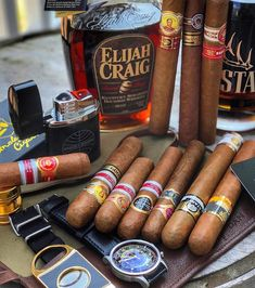 Pipes And Cigars, Cigars And Whiskey, Cuban Cigars, Whisky, Smoke Out, Cool Inventions, Things To Buy, Liquor, Beer