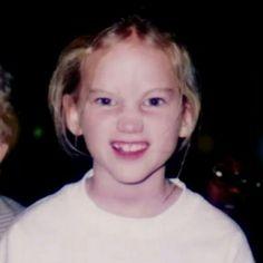 Jennifer Lawrence Holding Baby 34 best Baby-Je...