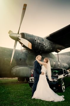 Bianca and Alex by Michael Schnabl Fighter Jets, Wedding Photography, Wedding Photos, Wedding Pictures, Hunting, Bridal Photography, Wedding Poses