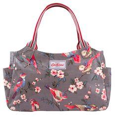 My Cath Kidston Bird bag Cath Kidston Bags, How To Make Purses, Cat Bag, Designer Shoulder Bags, Simple Bags, Beautiful Bags, Wedding Accessories, Diaper Bag, Handbags
