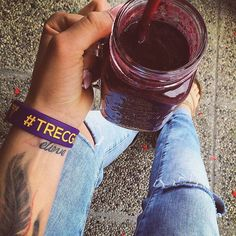 Też macie tę opaskę? :) #trecgirl #shaker #smoothie #deser #dessert #summer #wakacje #plaża #lato #beach #motywacja #motivation #training #trening #dieta #odchudzanie #weightloss #gymmotivation #fitnessmotivation #fitness #polishgirl #summer #lato #paznokcie #wakacje #relax #instafit #nails #nailart  @crossfit_freak @trecnutrition