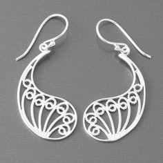 Ohrringe aus 925 Sterling-Silber.