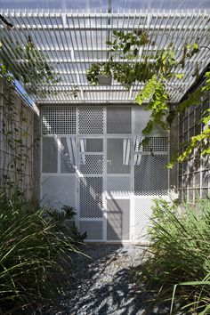 Image 22 of 32 from gallery of 3x10 House / DD concept. Photograph by Hiroyuki Oki