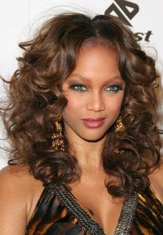 Tyra Banks' Makeup Looks [Slideshow]