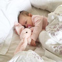 Image via We Heart It #baby #love