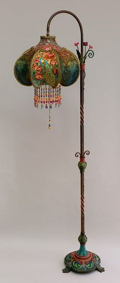 I totally LOVE this lamp! - Art Nouveau Peacock Victorian Bridge Lamp and Shade Victorian Lamps, Antique Lamps, Vintage Lamps, Lampe Art Deco, Art Deco Lamps, Home And Deco, My New Room, Bohemian Decor, Painted Furniture