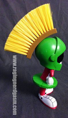 Looney Tunes Marvin the Martian Brush  (3)