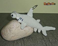 Taschenbaumler Hammer-Hai, mit Chip-Tasche, gehäkelt von DaDaDe