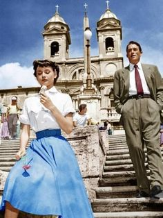 Audrey Hepburn And Gregory Peck In Roman Holiday Eating Ice Cream On The Spanish Steps In Rome Watch Free Latest Movies Online On