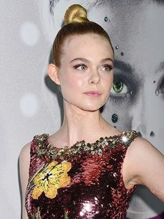 7 Hair and Makeup Looks to Try This Week: Elle Fanning's knobby topknot | Allure.com