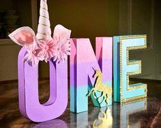 """Letras de unicornio, unicornio partido, Foto Prop, pieza central, 8"""" carta independiente, personalizado letra, 1er cumpleaños, Pastel, Baby Shower"""