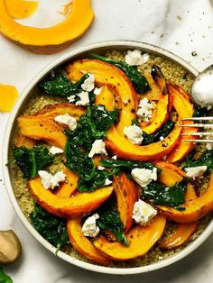 Recipe: quinoa with pumpkin and fresh spinach - recette automne -You can find Quinoa and more on our website.Recipe: quinoa with pumpkin and fresh spinach - recette automne - Fresh Spinach Recipes, Veggie Recipes, Healthy Dinner Recipes, Vegetarian Recipes, Protein Recipes, Batch Cooking, Cooking Recipes, Plat Vegan, Easy Homemade Recipes