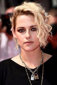 Kristen Stewart con joyas Chanel
