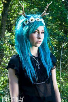 turquoise hair, antler headpiece
