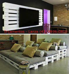 Painel para tv e sofás de palets.