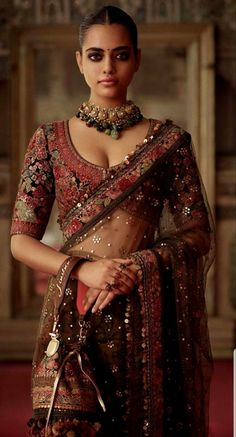 Take a taste of India ღ Indian Wedding Outfits, Bridal Outfits, Indian Outfits, Wedding Dress, Desi Wedding, Indian Weddings, Saree Wedding, Sari Design, Indian Fashion Trends
