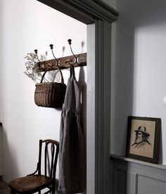 Style Cottage, Best Dining, Ladder Decor, Sweet Home, Blog Deco, Furniture, Lifestyle, Entryway