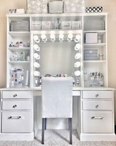 Makeup Vanity With Drawers, Makeup Table Vanity, Vanity Room, Corner Makeup Vanity, Vanity Ideas, Make Up Vanity Ikea, Vanity For Bedroom, Cute Makeup Vanity, Vanity With Mirror