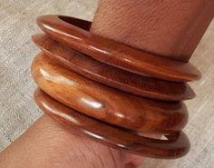 Bracelets en bois exotique x 4 par Ayizana sur Etsy