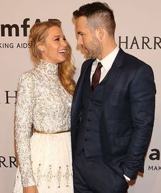 The way Ryan Reynolds fell for Blake Lively must have been pretty awwkard for the other people who were there
