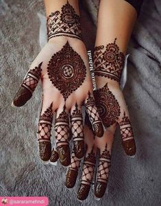 Mehndi for Eid 🥰✨ eid henna mehndidesigns hennadesigns mehndi wedding pakistaniwedding pakistan pakistani beautiful muslimahfashion pakigirls arab arabia arabgirls Modern Mehndi Designs, Mehndi Design Pictures, Beautiful Mehndi Design, Arabic Mehndi Designs, Latest Mehndi Designs, Mehndi Designs For Hands, Mehndi Images, Mehandi Designs, Costumes