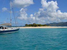 Sie haben Fernweh und gerade keinen Computer zur Hand? www.stelzl-yachtcharter.at ist mobilfreundlich und macht Ihr Smartphone zur #Yachtcharter-Suchmaschine. Computer, Sailing Ships, Smartphone, Boat, News, Water, Outdoor, Sailing Yachts, Caribbean