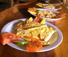Who wants an organic breakfast? Surf, Organic, Meat, Chicken, Breakfast, Food, Morning Coffee, Surfing, Essen