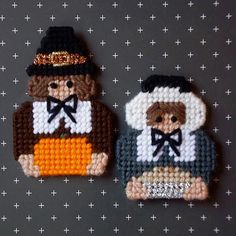 "Plastic Canvas: Pilgrim Boy and Girl Magnets (set of 2) -- ""Ready, Set, Sew!"" by Evie (Etsy)"