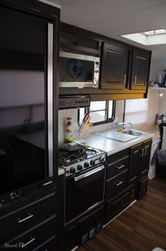 1000 ideas about rv cabinets on pinterest rv insurance campers and motorhome. Black Bedroom Furniture Sets. Home Design Ideas