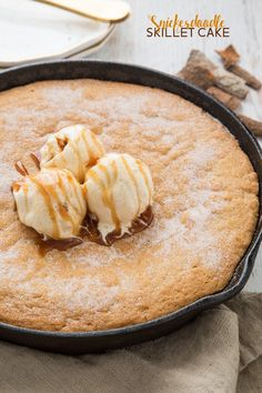 A thick and chewy snickerdoodle cake baked in a cast iron skillet and topped with ice cream and caramel sauce. A delicious, dessert that's just perfect for sharing! I feel like the world's worst bl… Cast Iron Skillet Cooking, Iron Skillet Recipes, Cast Iron Recipes, Skillet Meals, Baking Recipes, Cookie Recipes, Dessert Recipes, Cinnamon Recipes, Snickerdoodle Cake