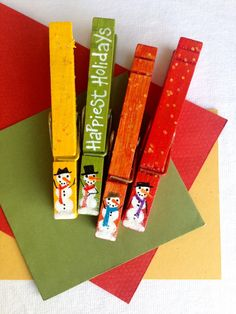 SNOWMAN CLOTHESPINS hand painted Christmas magnet set red orange green yellow by SugarAndPaint on Etsy