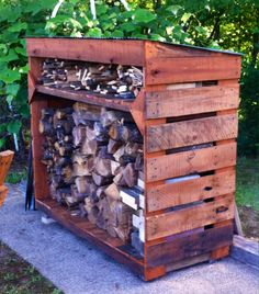 Wood Bin made from Pallets